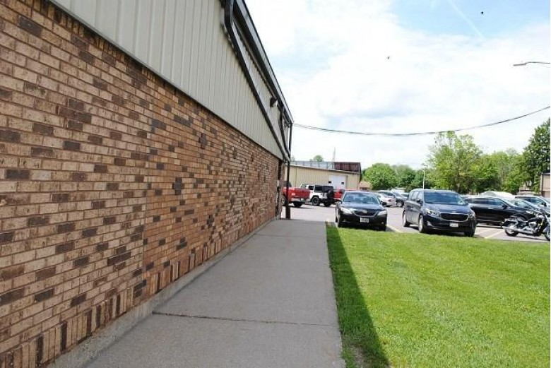 625 Water St, Prairie Du Sac, WI by First Weber Real Estate $895,000