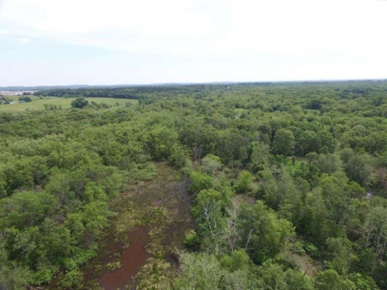87 AC County Road O, Portage, WI by United Country Midwest Lifestyle Properties $175,000