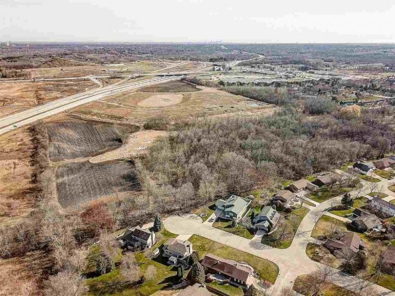 8301 W Loomis Rd, Franklin, WI by Keller Williams Realty $3,400,000