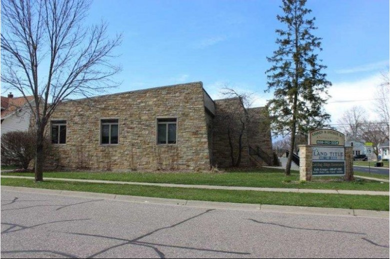 702 Dewitt St, Portage, WI by Century 21 Affiliated $275,000