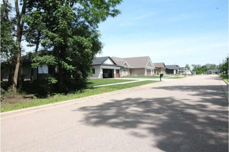 3738 White Pine Dr, Janesville, WI by Briggs Realty Group, Inc $74,900