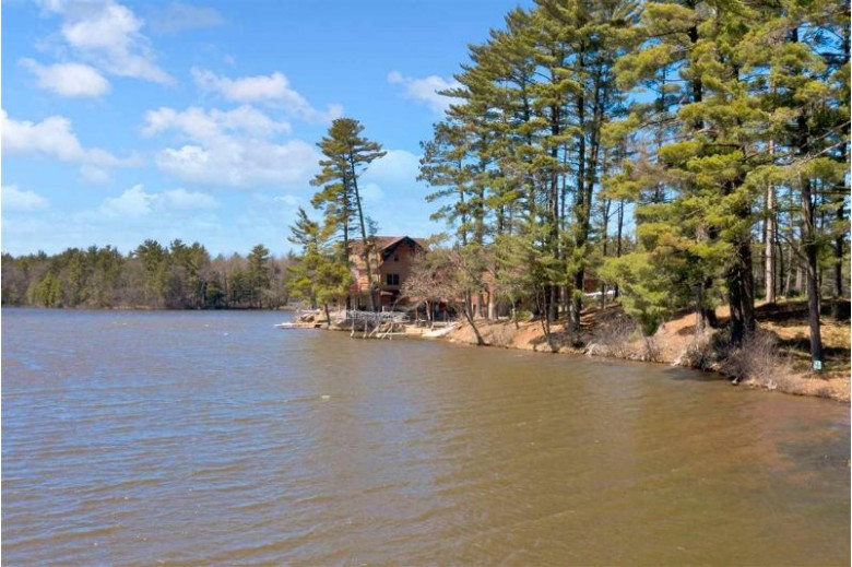 Wisconsin Rapids, WI by First Weber Real Estate $105,000