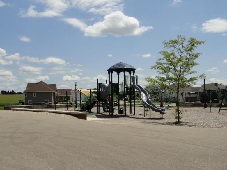 6670 Wagners Vineyard Tr, Sun Prairie, WI by Wisconsin Real Estate Prof, Llc $139,000