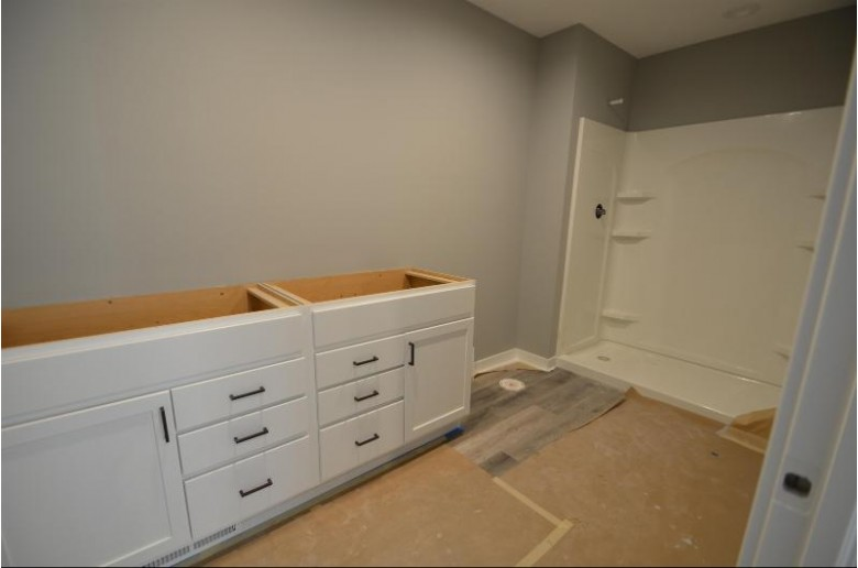 206 Knutson Dr Madison, WI 53704 by Re/Max Preferred $449,900