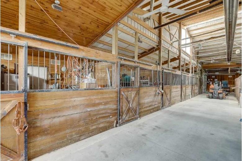 E6918 Ski Hill Rd, Reedsburg, WI by Restaino & Associates Era Powered $1,700,000
