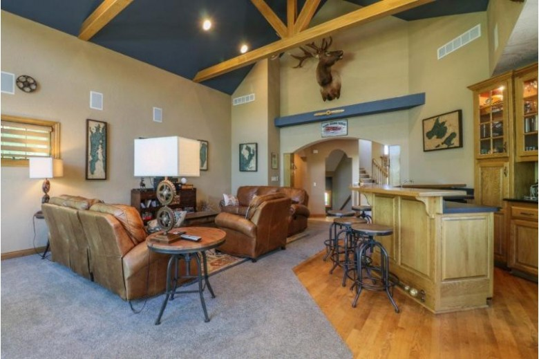 281 Green Wing Dr, Winneconne, WI by United Country Midwest Lifestyle Properties $999,900