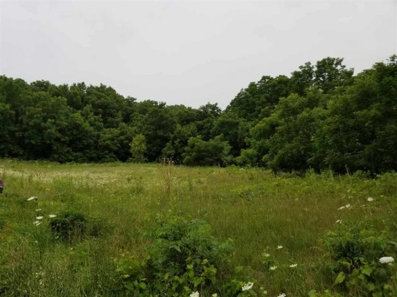 7101 N County Road H, Janesville, WI by Keller Williams Realty $149,900