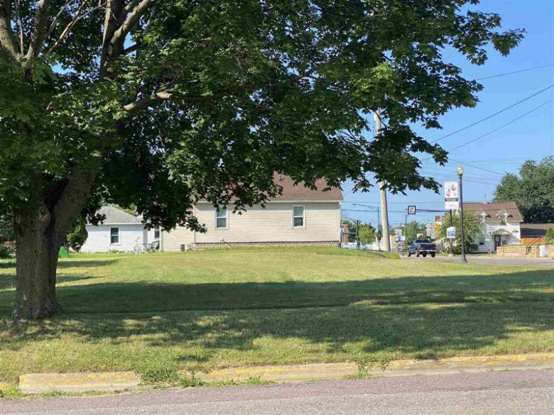 72 N Union St, Mauston, WI by First Weber Real Estate $24,900