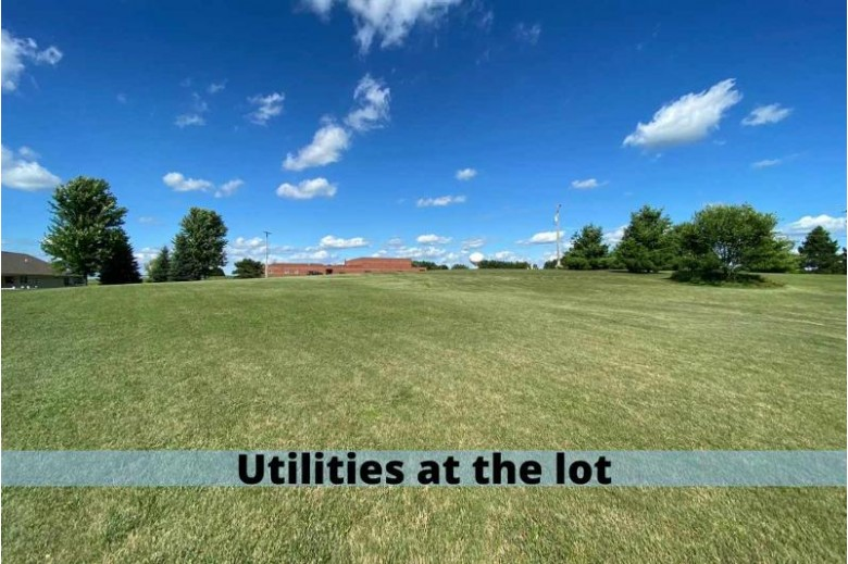 603 Uplands Dr, Dodgeville, WI by Re/Max Preferred $55,000