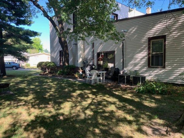 311 E Flint St, Lyndon Station, WI by Gavin Brothers Auctioneers Llc $200,000