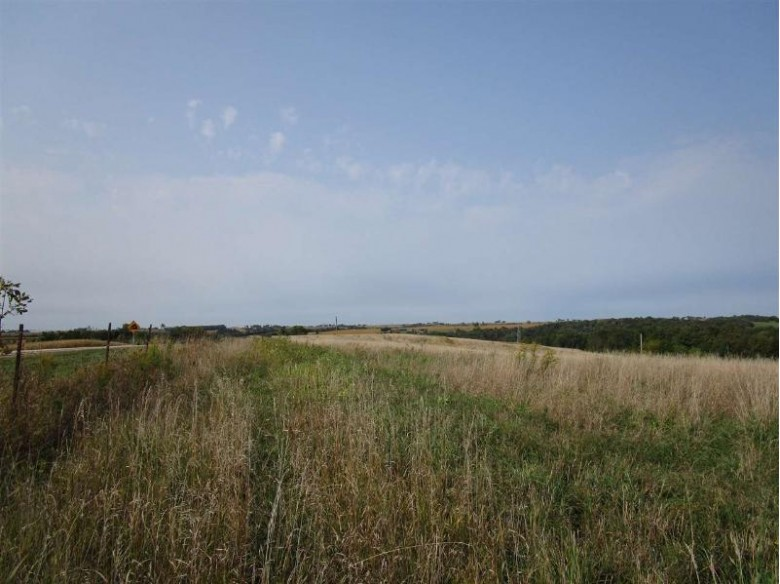 6654 Farview Rd, Lancaster, WI by Adams Auction And Real Estate $2,485,500