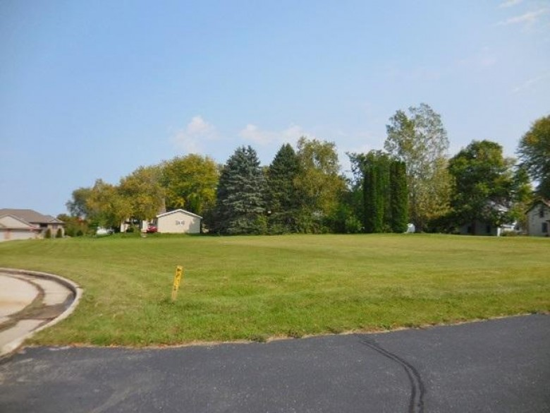 1 AC Fakes Ct, Beaver Dam, WI by Century 21 Affiliated $100,000