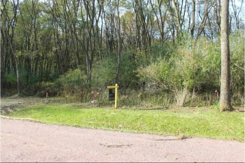 L3 Ridge Dr, Portage, WI by Century 21 Affiliated $69,900