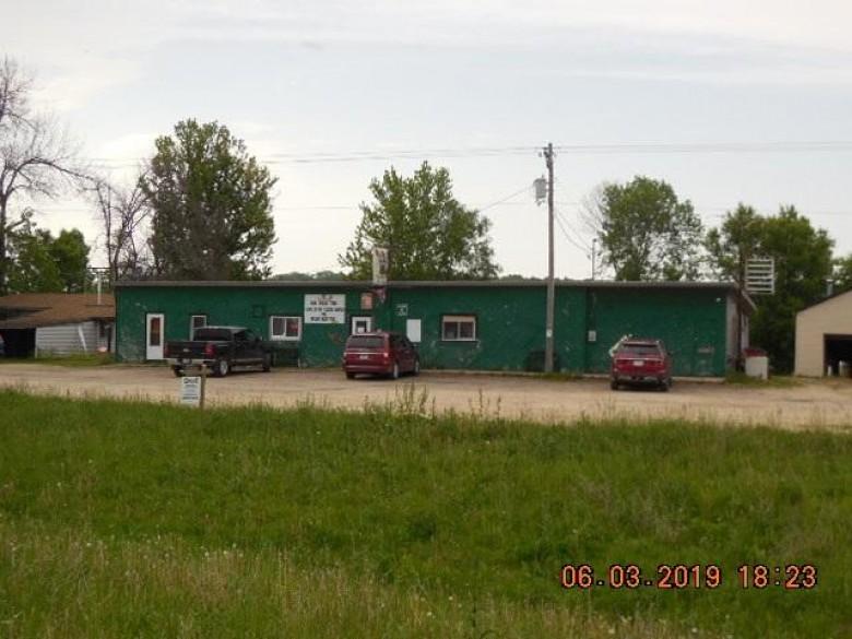 38532 Hwy 18, Prairie Du Chien, WI by Century 21 Affiliated $119,000
