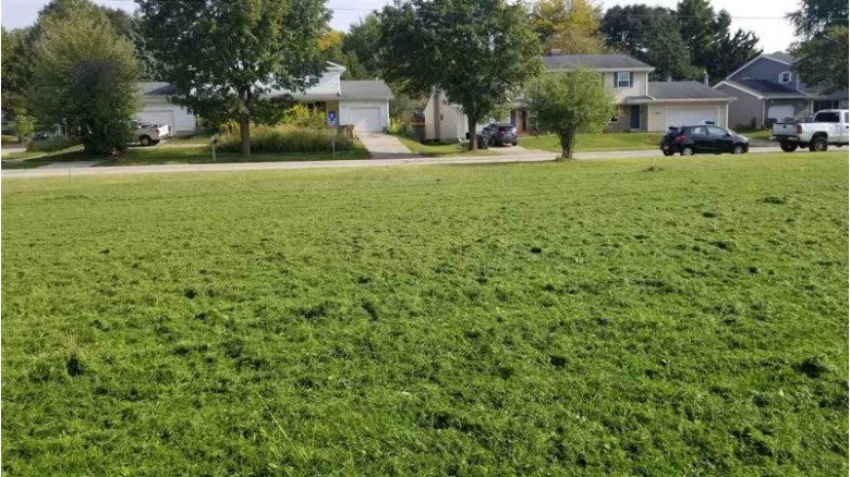 3708 Portage Rd, Madison, WI by Koua Vang $159,000