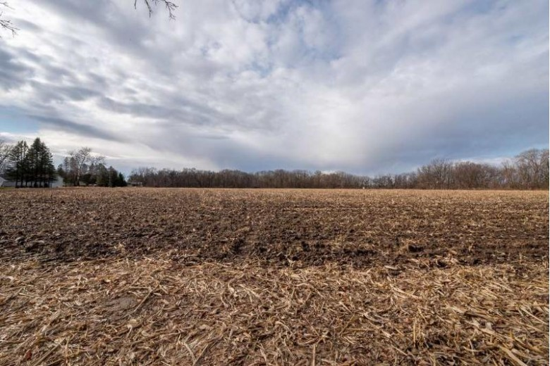 0000 Shopiere Rd, Beloit, WI by Century 21 Affiliated $660,000