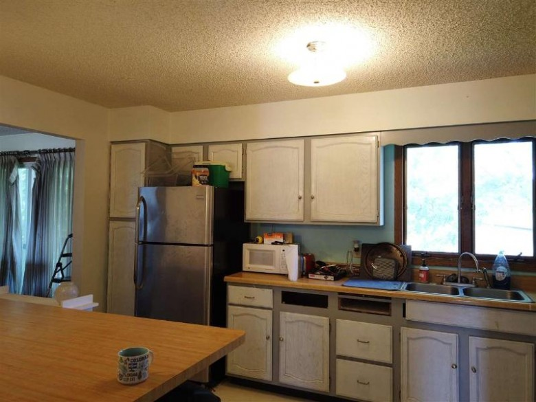 1011 Wisconsin St, Tomah, WI by Vip Realty $169,000