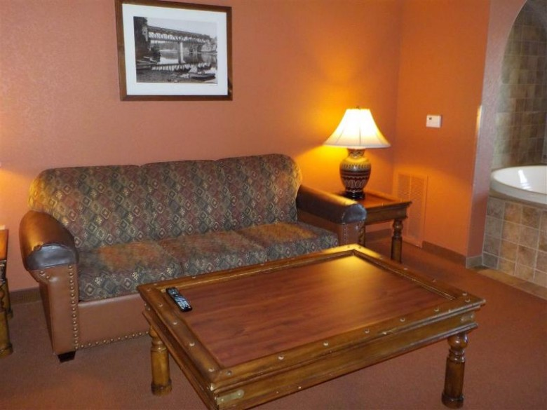2411 River Rd 2410, Wisconsin Dells, WI by Cold Water Realty, Llc $235,999