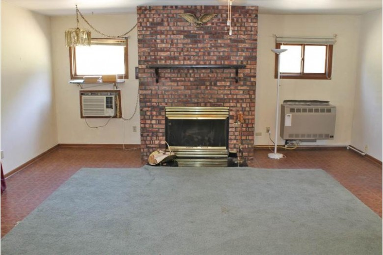 230 W Park St Neshkoro, WI 54960 by Re/Max Connections $169,900