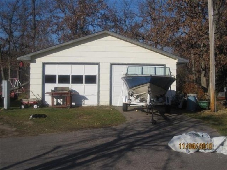 W2076 Amherst Dr, Lyndon Station, WI by First Weber Real Estate $48,900