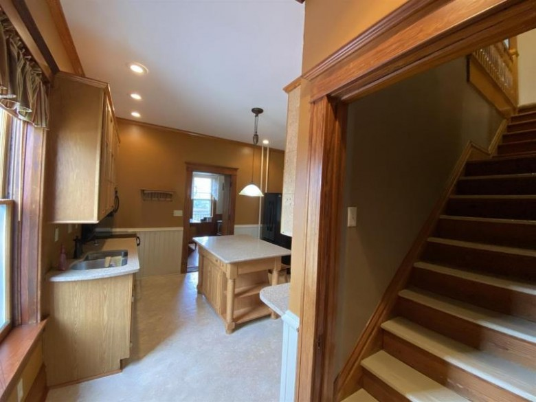324 Dodge St, Mineral Point, WI by Re/Max Preferred $294,900