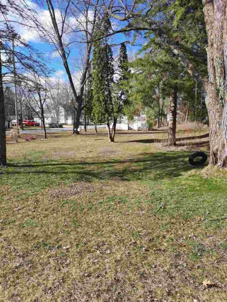 422 W Madison St Wautoma, WI 54982 by Exp Realty, Llc $109,500