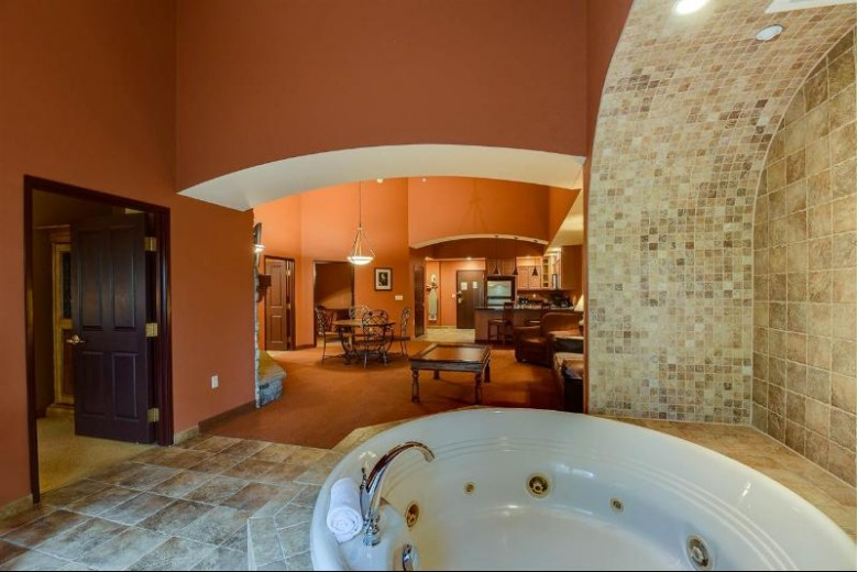 2411 River Rd 2133, Wisconsin Dells, WI by Real Broker Llc $197,000