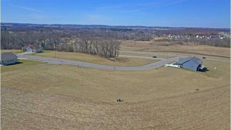 L25 Russell Ct Reedsburg, WI 53959 by First Weber Real Estate $28,500