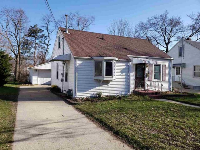 1737 Jackson St, Beloit, WI by Rock Realty $139,000