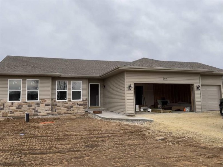 N4055 Country Club Dr, Brodhead, WI by Best Realty Of Edgerton $285,900