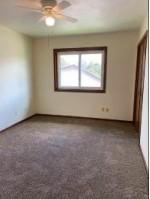 1200 Sunfield St, Sun Prairie, WI by Restaino & Associates Era Powered $224,900