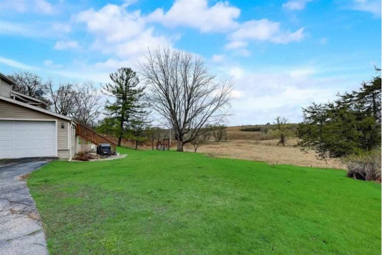 N7515 Gould Hill Rd Blanchardville, WI 53516-9629 by First Weber Real Estate $225,000