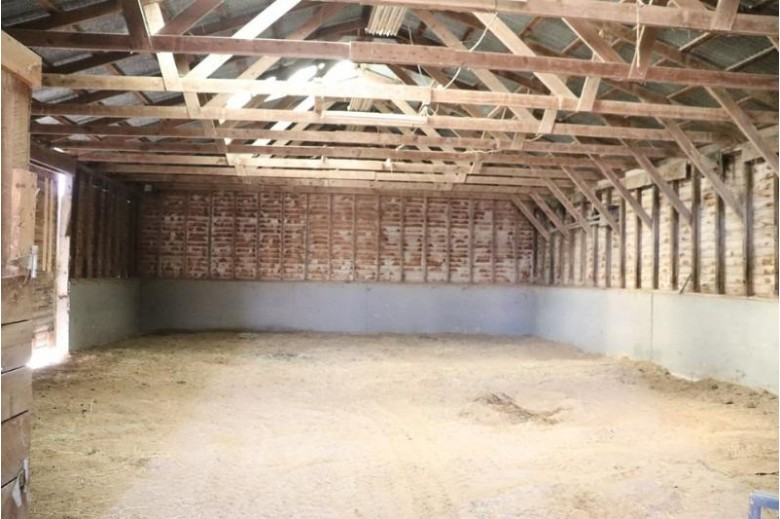 2080 County Road Bb Cottage Grove, WI 53527 by Turning Point Realty $495,000
