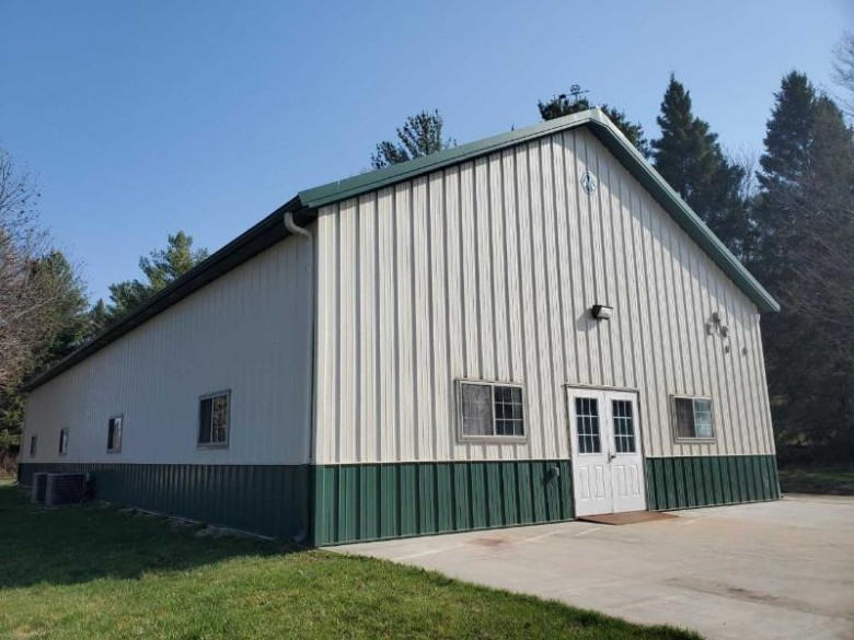 4722 State Rd 78 Black Earth, WI 53515 by Century 21 Affiliated Roessler $325,000