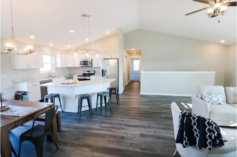 475 Crestview Dr, Reedsburg, WI by Re/Max Grand $324,900