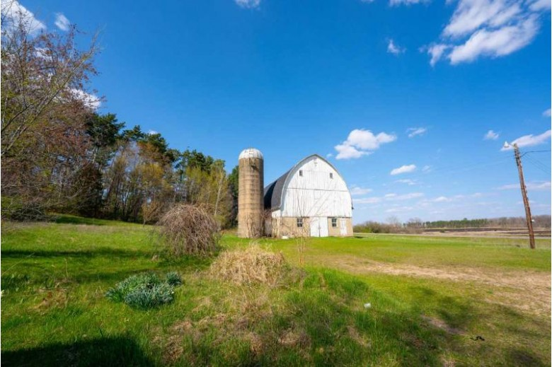 3679 County Road G, Wisconsin Dells, WI by United Country Midwest Lifestyle Properties $170,000