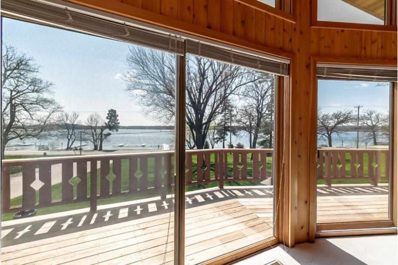 W9204 Ripley Rd, Cambridge, WI by First Weber Real Estate $799,900