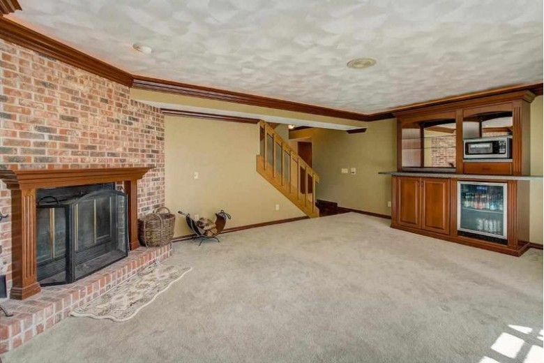 1620 Foxridge Ct Middleton, WI 53562 by Coldwell Banker Success $549,900