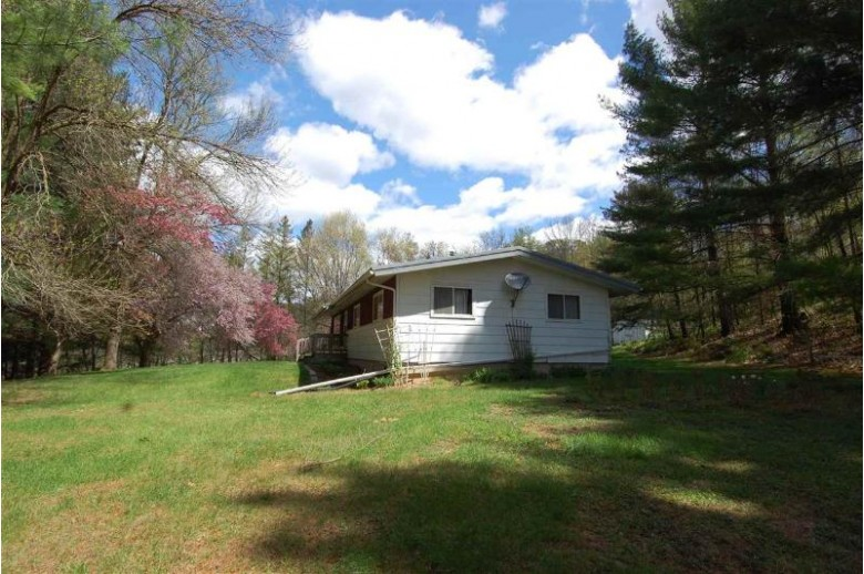 21495 County Road Nn, Richland Center, WI by Driftless Area Llc $178,900