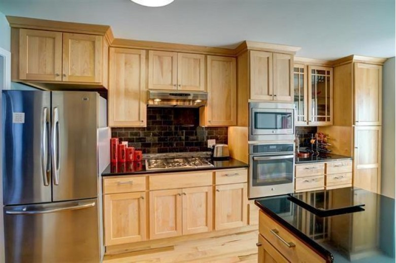 5 White Pine Tr Madison, WI 53717 by Century 21 Affiliated $325,000
