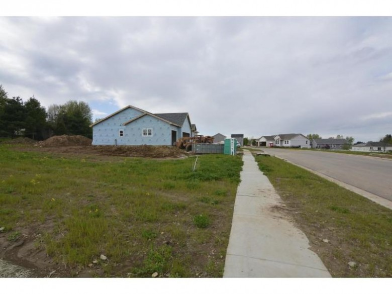 1075 Bluegrass Tr, Waterloo, WI by Madcityhomes.com $49,900
