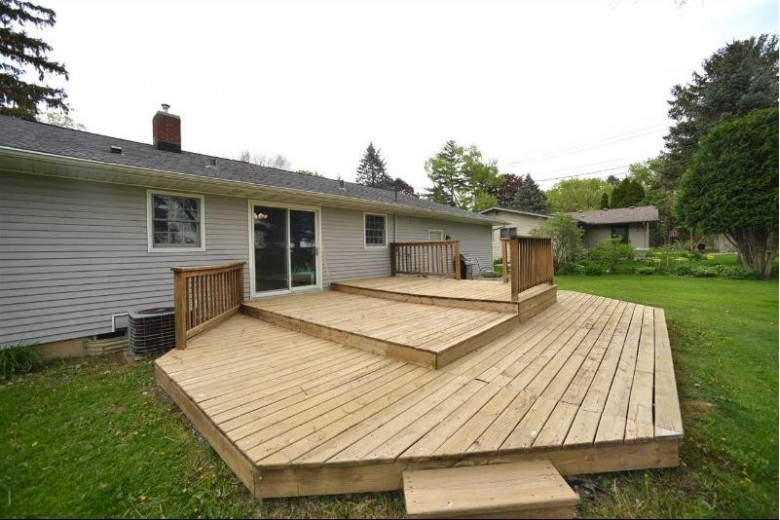 4555 Linden Dr, Windsor, WI by Re/Max Preferred $300,000
