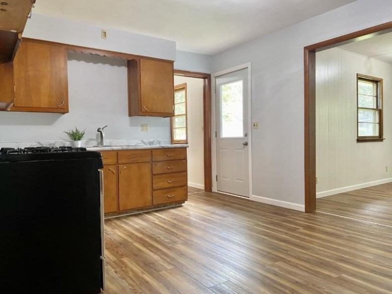 1735 Garfield Ave Beloit, WI 53511-2849 by Century 21 Affiliated $139,900