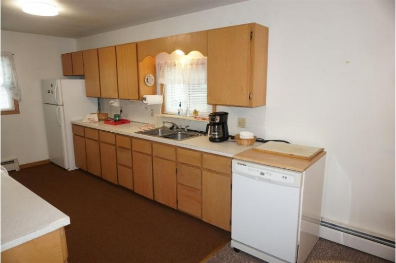 213 S Ohio St Prairie Du Chien, WI 53821 by Adams Auction And Real Estate $139,900