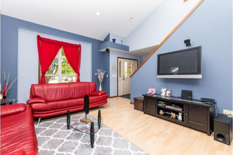 5433 Hazelcrest Dr Madison, WI 53704 by Keller Williams Realty $349,900