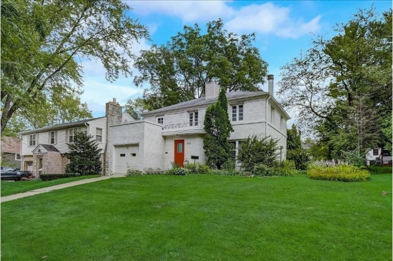 4133 Cherokee Dr Madison, WI 53711-0000 by Real Broker Llc $480,000