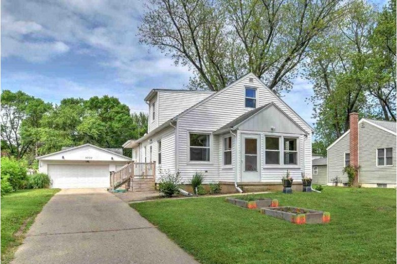 3737 Clover Ln, Madison, WI by Lauer Realty Group, Inc. $310,000
