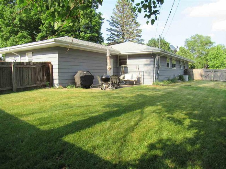 2114 Hawthorne Ave Janesville, WI 53545 by Century 21 Affiliated $189,900