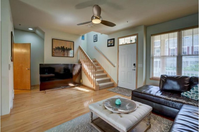 40 S Gardens Way Fitchburg, WI 53711 by Keller Williams Realty $249,900