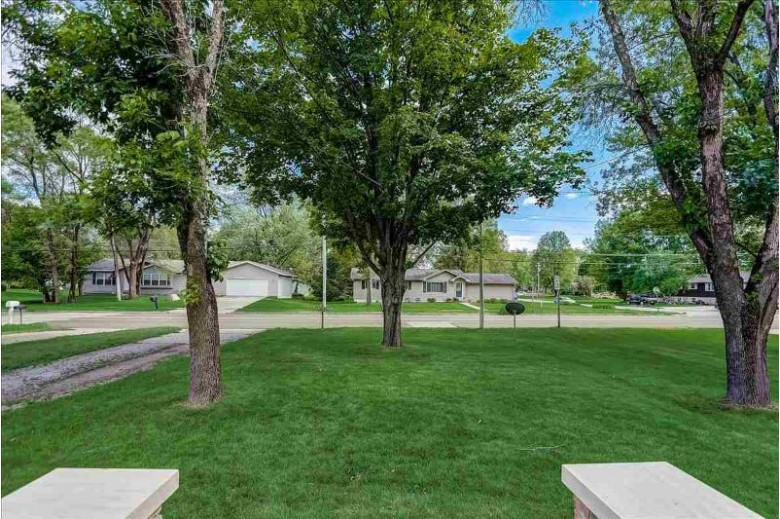 520 W Chestnut St, Pardeeville, WI by Exp Realty, Llc $189,900